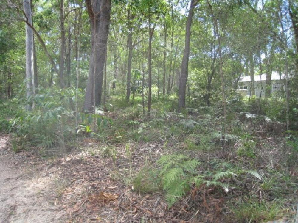 Over 1/4 acre in quiet location at northern end of the island..!!